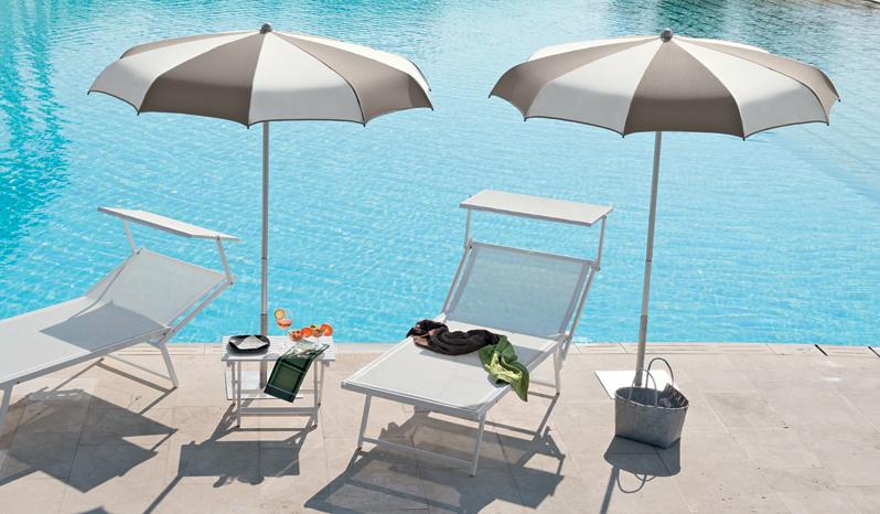 ombrellone piscina
