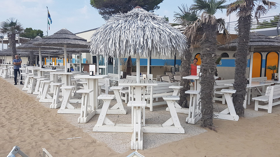 arredo etnico spiaggia total white