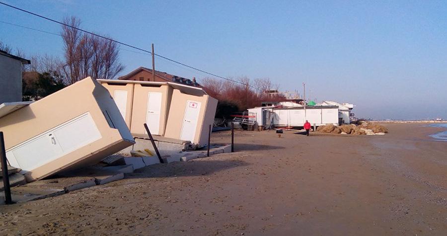 Erosione costiera, balneari abruzzesi domani in massa al consiglio regionale - Mondo Balneare