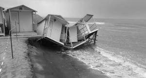 erosione costiera ostia