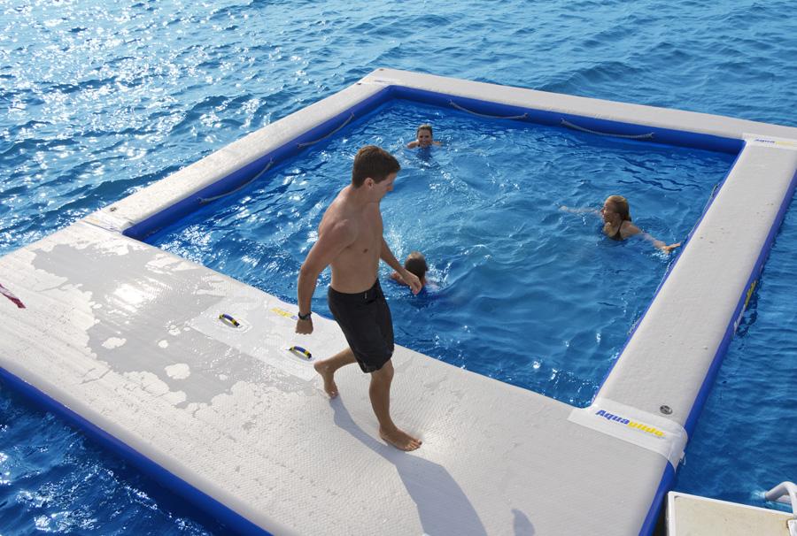 giochi gonfiabili acquatici