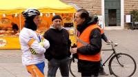Marcello parla con qualche collega romagnolo